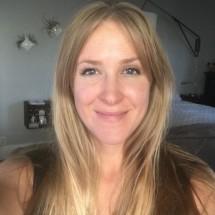 Kelly Hogan's Profile on Staff Me Up