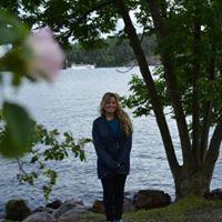Desiree Ruud's Profile on Staff Me Up