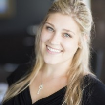 Sarajane Crowley's Profile on Staff Me Up