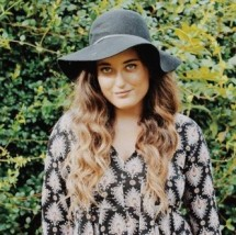 Arielle Meimoun's Profile on Staff Me Up