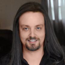 Adam Bloch's Profile on Staff Me Up