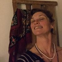 Cali Roberta's Profile on Staff Me Up
