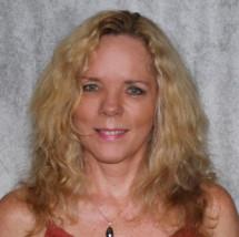 LAURA DREYER's Profile on Staff Me Up