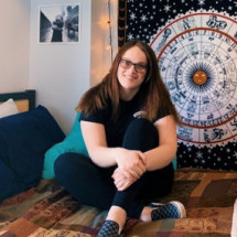 Elizabeth Farawell's Profile on Staff Me Up