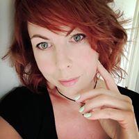Julie Verlinden's Profile on Staff Me Up